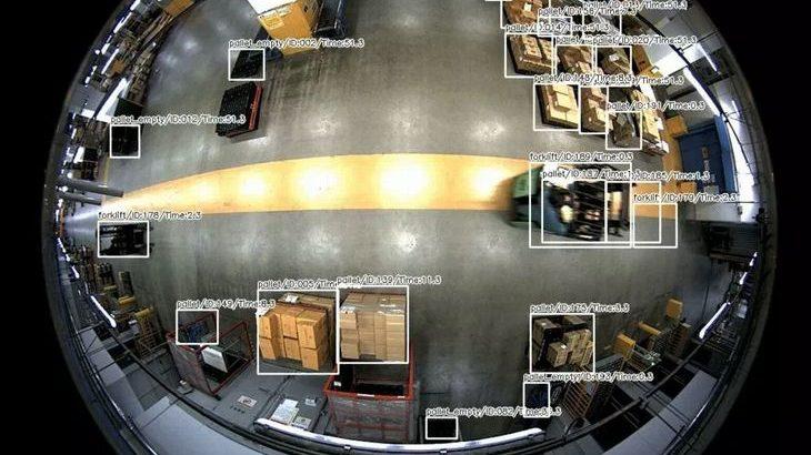 ベンチャーのAutomagiとニチレイロジがカメラで冷蔵倉庫内の物体追跡実験
