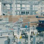 ファーストリテが有明倉庫の自動化プロジェクト明かす