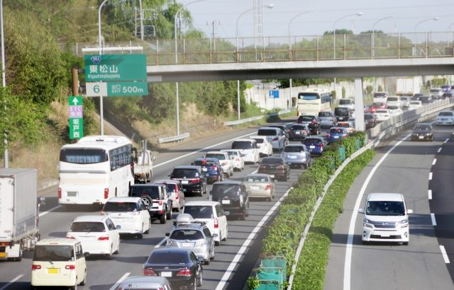 政府経済対策に「高速道の車線拡大」盛り込む方向で調整