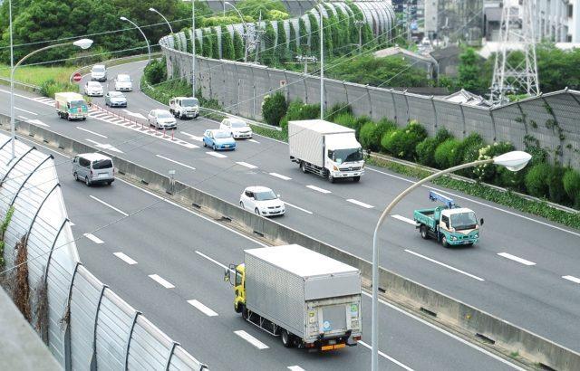 22年以降に東京~大阪間で後続車無人隊列走行を商業化