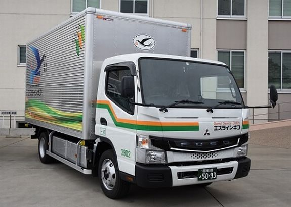 三菱ふそうがエスライングループに電気小型トラック納入
