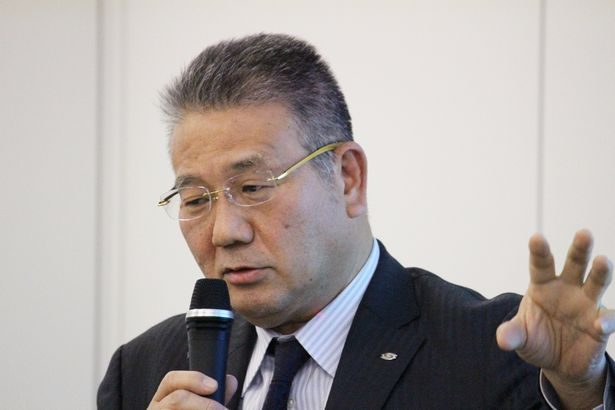 SBSHD・鎌田社長、5年間で物流施設14万6000坪増床と説明