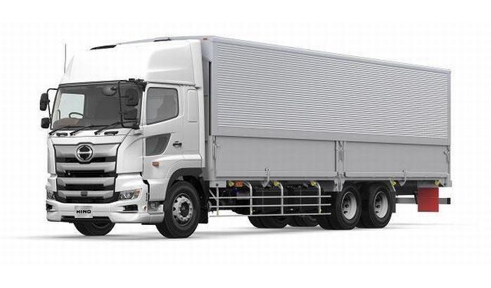 日野自動車が大型トラック「プロフィア」改良型を新発売