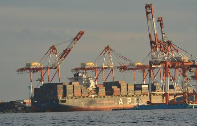 土木・港湾施設工事作業員の落水を迅速に検知