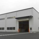 アイカ工業が茨城・古河で高級人造石の新工場稼働、原板倉庫も設置