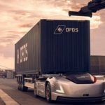 【動画】ボルボ・トラックスが無人EVトラックを港湾運送に投入