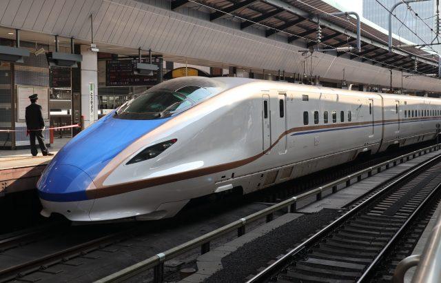 長野の新鮮な果物、北陸新幹線で東京駅まで届けます
