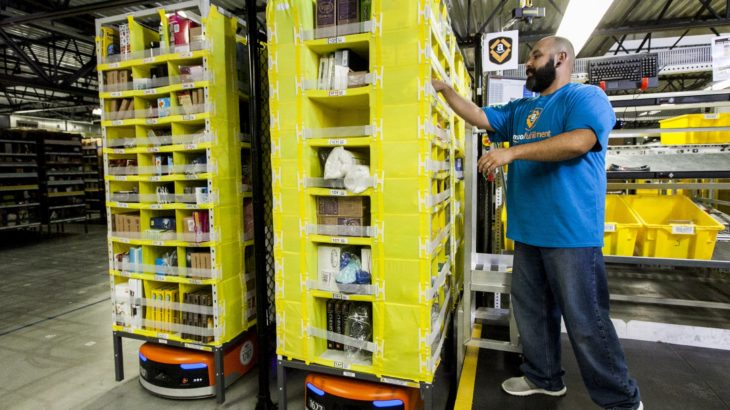 米アマゾンの物流センターで労組結成問う従業員投票、反対多数で否決