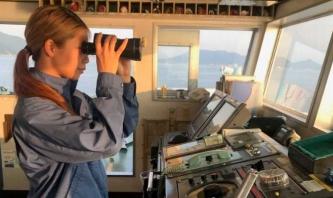 女性活躍目指す海事産業の取り組み事例集第3弾を公開