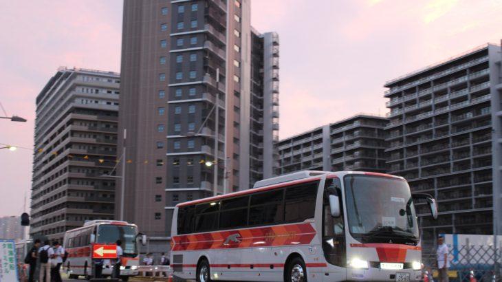 【動画】東京五輪開会式の選手輸送想定、バス75台で隊列組みテスト