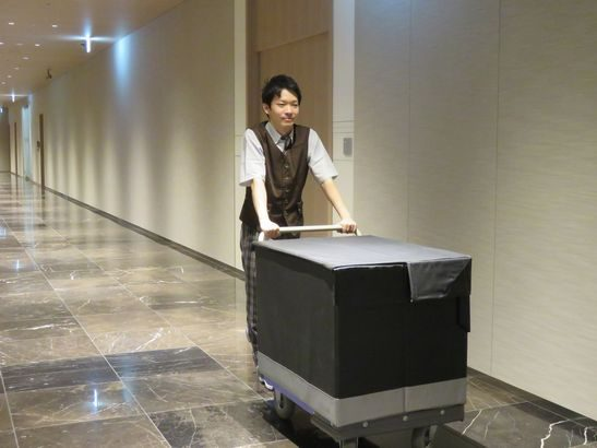 佐川急便、東京・日本橋の「室町三井タワー」管内物流業務を開始