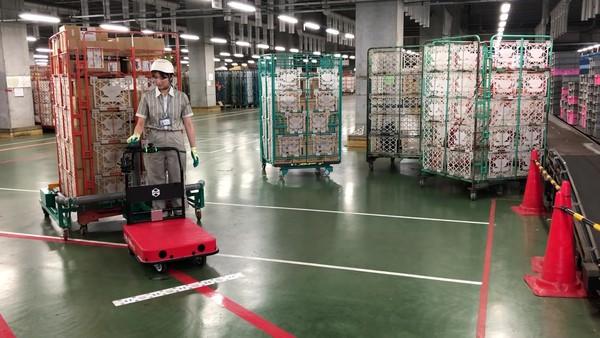 【動画】ヤマト運輸、ZMPの物流支援ロボット「CarriRo」を仕分けターミナルに導入