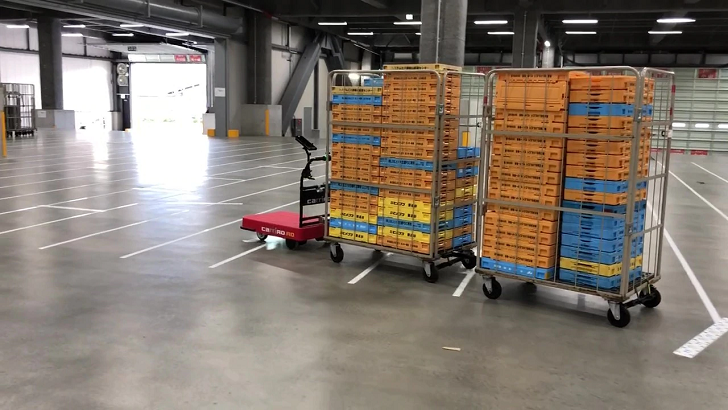 LIXILビバ、埼玉・東松山の新物流センターにZMPの物流支援ロボット6台導入
