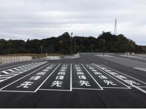 新東名、静岡SAと浜松SAにダブル連結トラック用駐車スペース確保