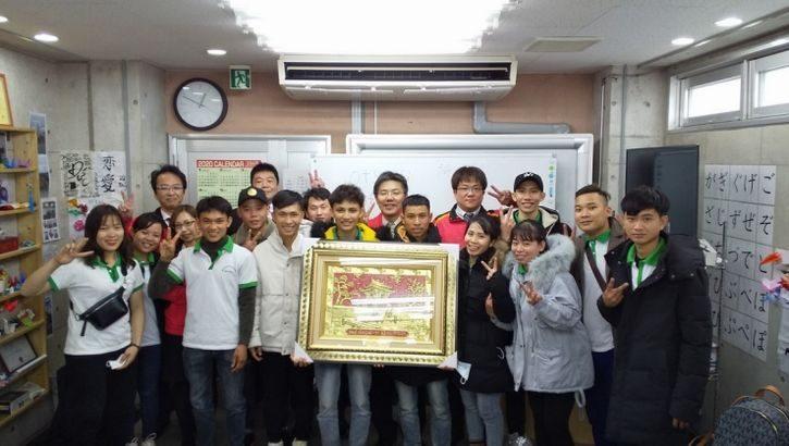 SBSフレックネット、ベトナムから初の技能実習生12人受け入れ