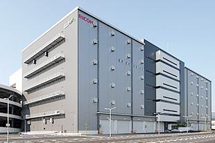 SBSリコーロジ、神奈川・愛川町のセンターで化粧品・医薬部外品の製造業許認可を取得