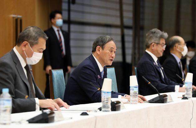 菅首相、マイナンバーカードと免許証統合を26年から前倒し指示