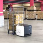ビーイングHDとオカムラ、物流現場向け自律移動ロボットの実用化へ実証実験開始
