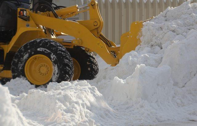 【大雪】各地で高速道の通行止め相次ぐ(1月10日午前6時現在)
