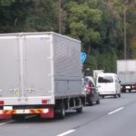 トラック運送業界景況感、1~3月は再び悪化と予想