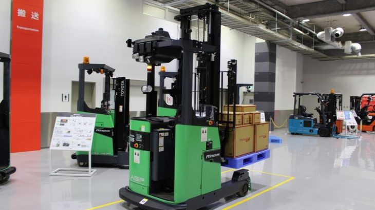 トヨタL&F、倉庫自動化など物流ソリューション事業の売上高を25年度に2倍の6000億円目指す