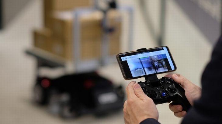 パーソル、無人搬送ロボットの遠隔操作ソリューションを開発