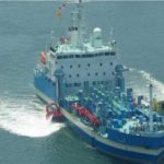 青森・八戸沖の貨物船座礁、新たに油水7300立法メートルを回収