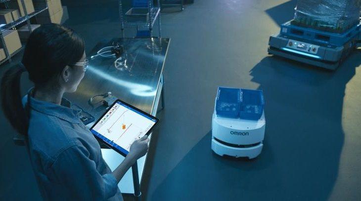 オムロン、製造業や物流向け搬送ロボットをより効率的に運用可能な制御ソフトを9月提供開始へ