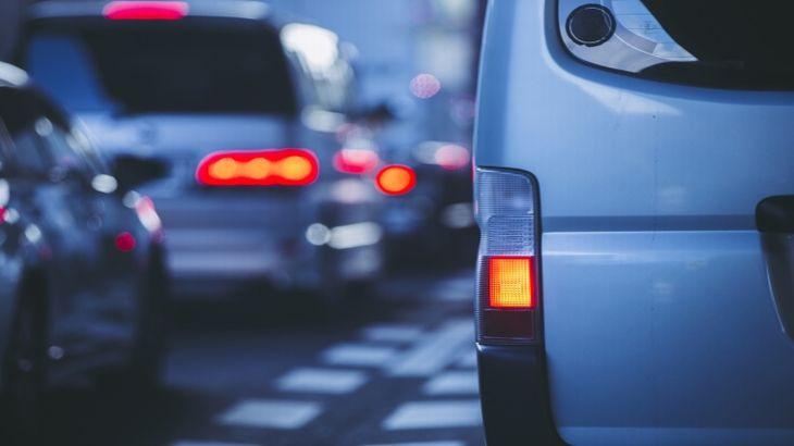 人手のデータ活用しAIが東名高速の渋滞予測、WEB公開スタート